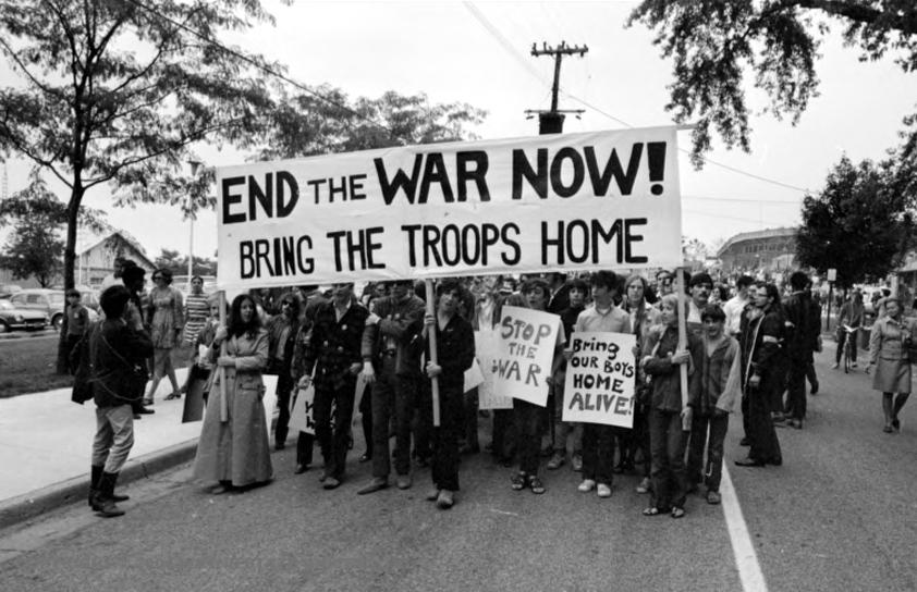 Protestors demanding to end the war on Vietnam