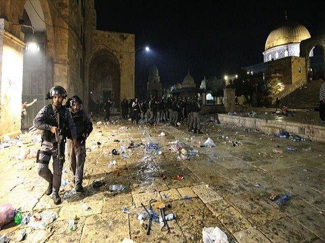Israeli Police attacked Al-Aqsa Mosque and dispersed Protestors
