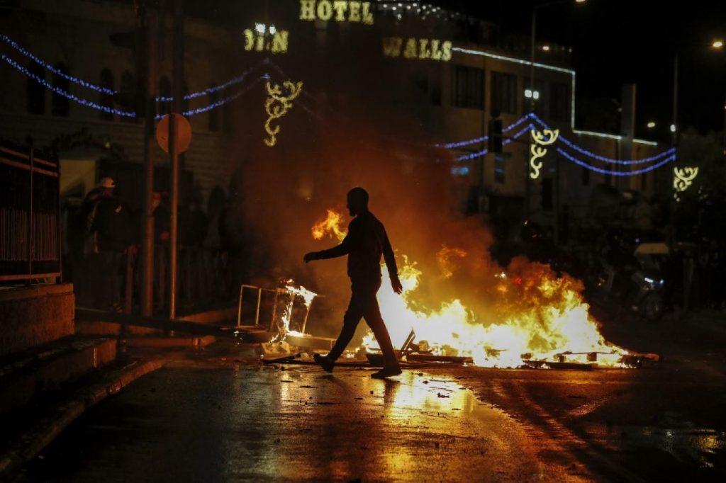 Riots at Damascus Gate, Jerusalem after Israel's blockade